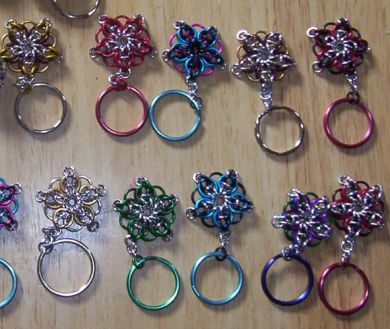 Henderson's | Bagpipes – Drums – Uniforms